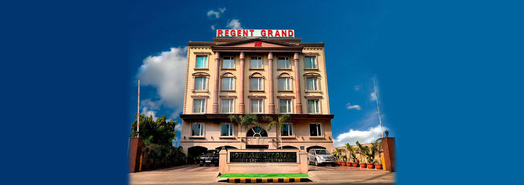 Hotel regent grand is one of the best hotel price in delhi